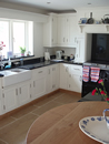 Plain White Shaker Style Kitchen with Oak Trim : View 3